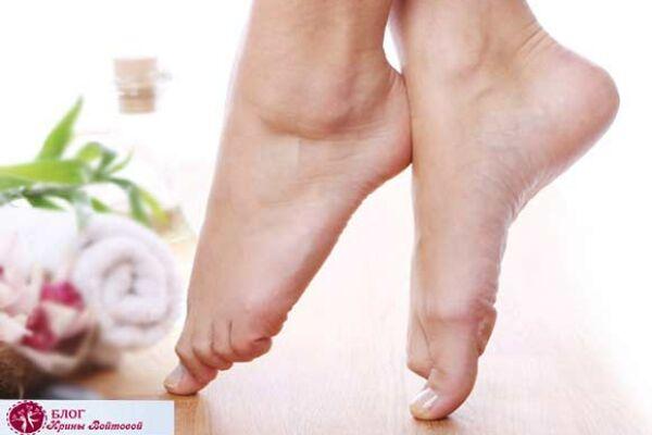 Сухие пятки против ковра: профилактика и лечение сухости кожи